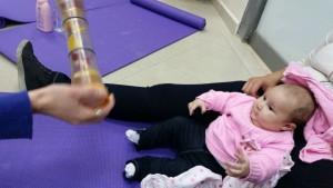 """סדנת עיסוי תינוקות בקופ""""ח כללית"""